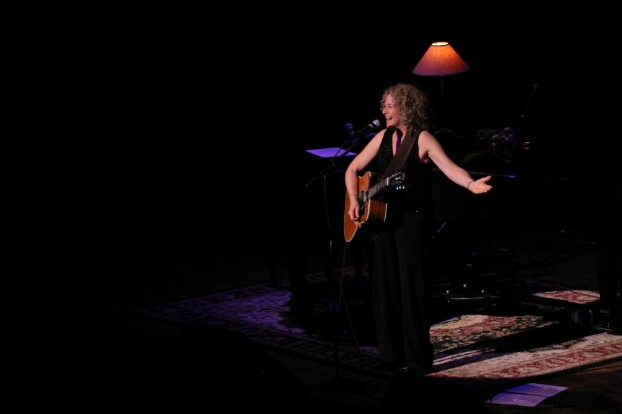 Charming The Living Room Tour   2004. Carole King   Portland. Part 9