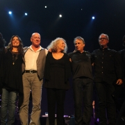 The band takes a bow in Brisbane. L to R: Valerie Pinkston, Kate Markowitz, Russ Kunkel, Carole, Danny Kortchmar, Bob Glaub and Robbie Kondor. Photo by Elissa Kline