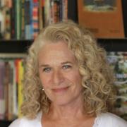 Carole King at Iconoclast Books. Photo by Elissa Kline