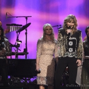 Medley with Jennifer Nettles, Amy Grant, Miranda Lambert & Martina McBride. Photo by Elissa Kline